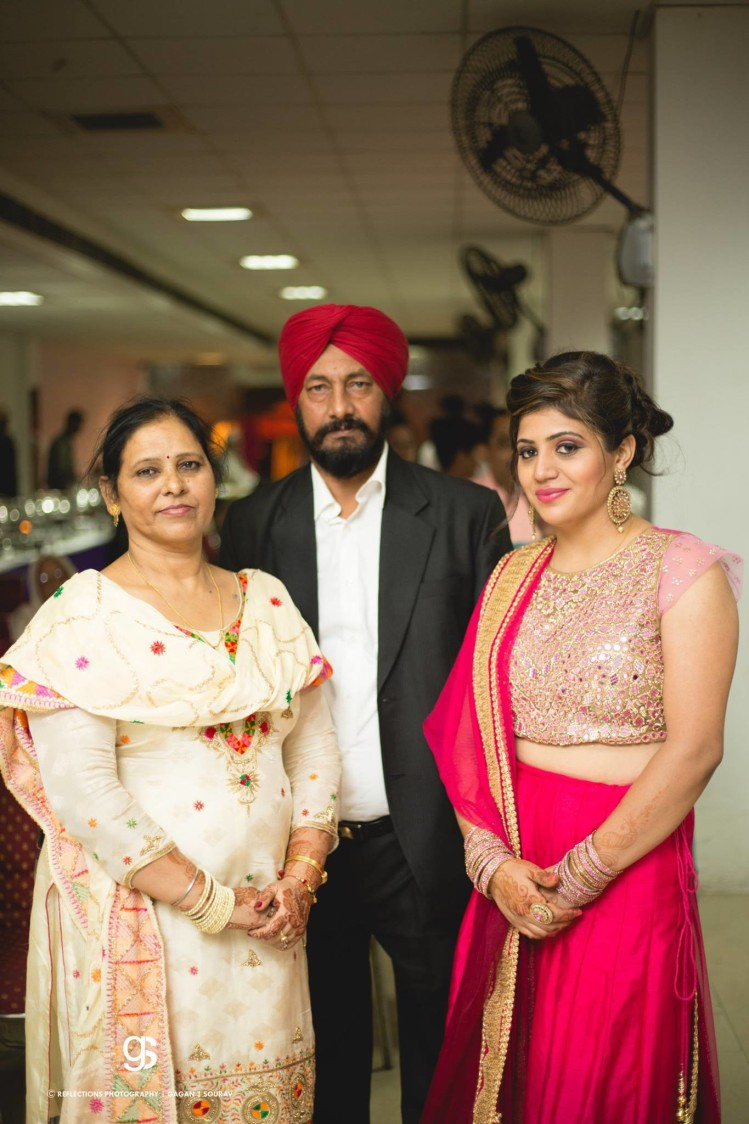Family portrait! by Reflections Photography Wedding-photography | Weddings Photos & Ideas