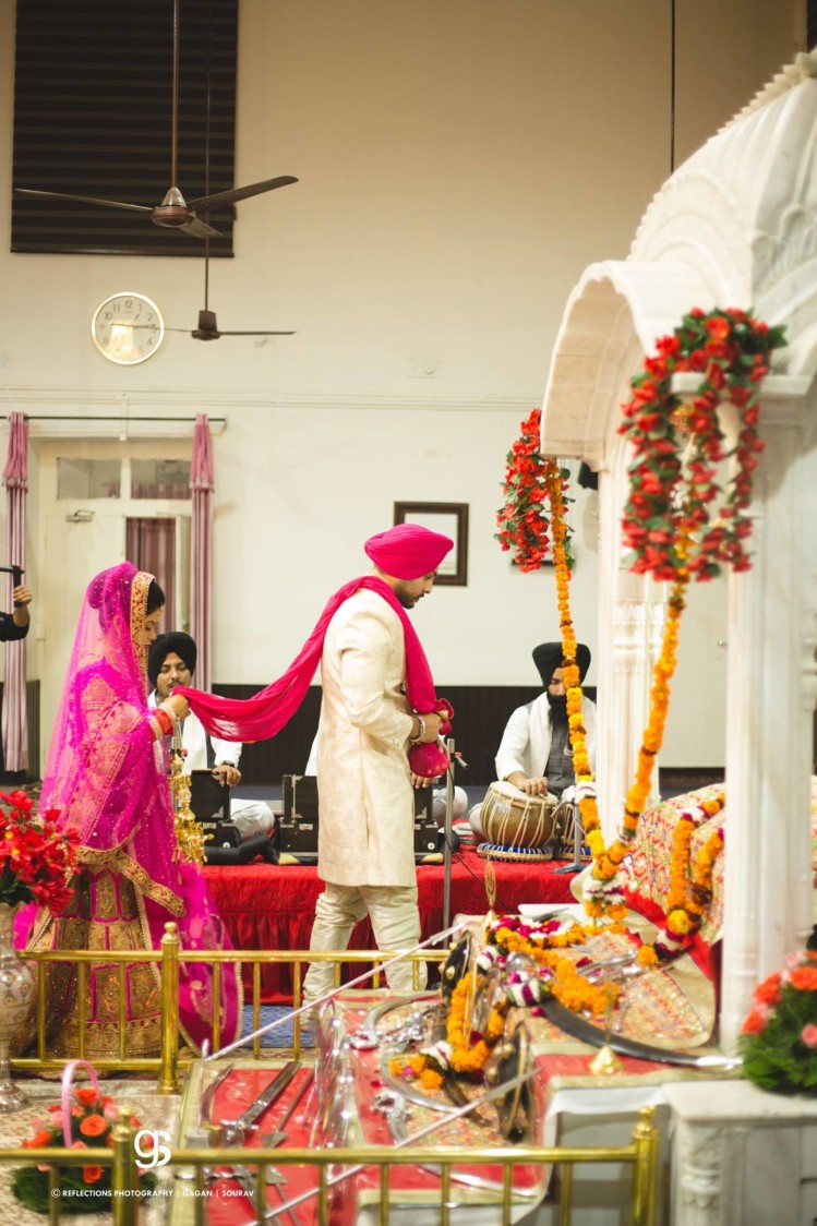 The Auspicious Ceremony of Taking the Seven Steps Captured Perfectly by Sourav Samanta Wedding-photography | Weddings Photos & Ideas