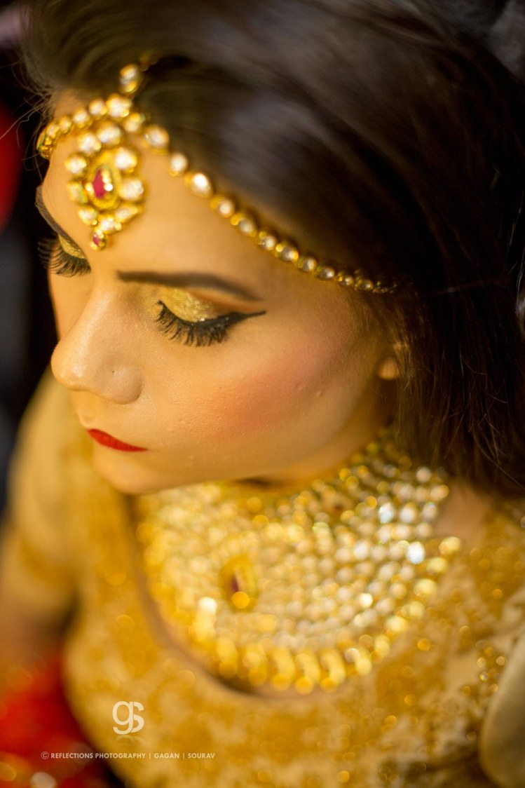 Twinkling bride! by Reflections Photography Wedding-photography   Weddings Photos & Ideas