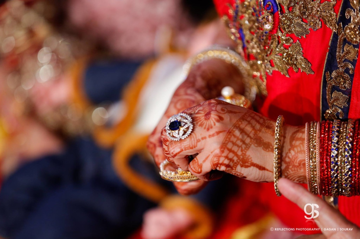 All that glitters is gold! by Reflections Photography Wedding-photography   Weddings Photos & Ideas