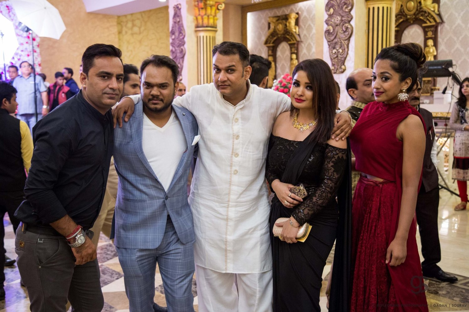 Picture pose! by Reflections Photography Wedding-photography | Weddings Photos & Ideas