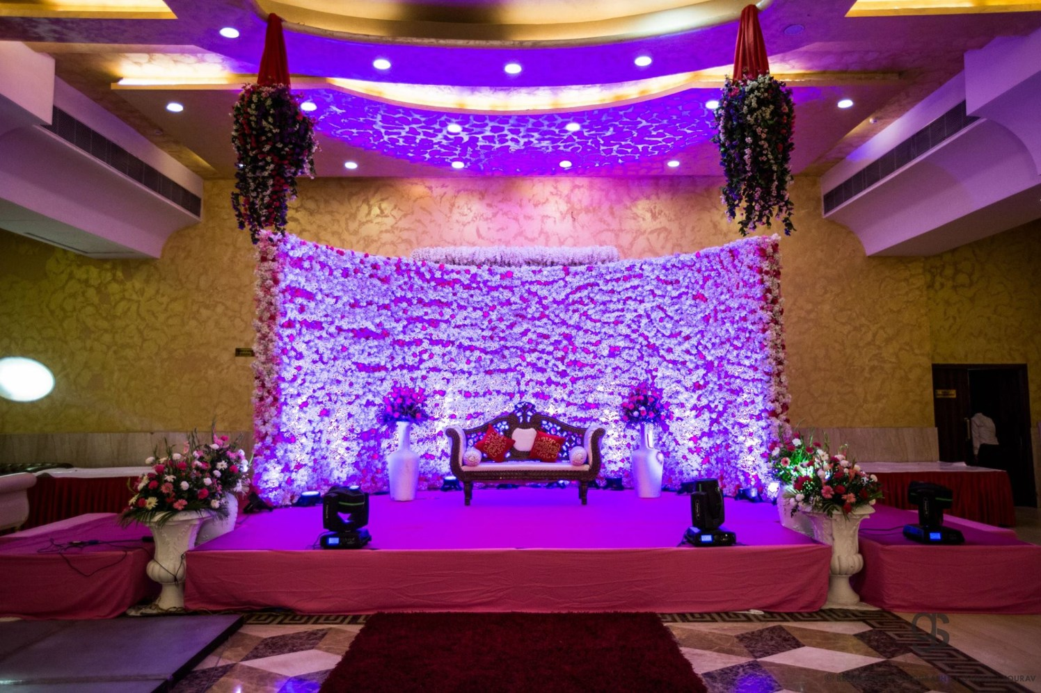 Surreal decor by Reflections Photography Wedding-photography | Weddings Photos & Ideas