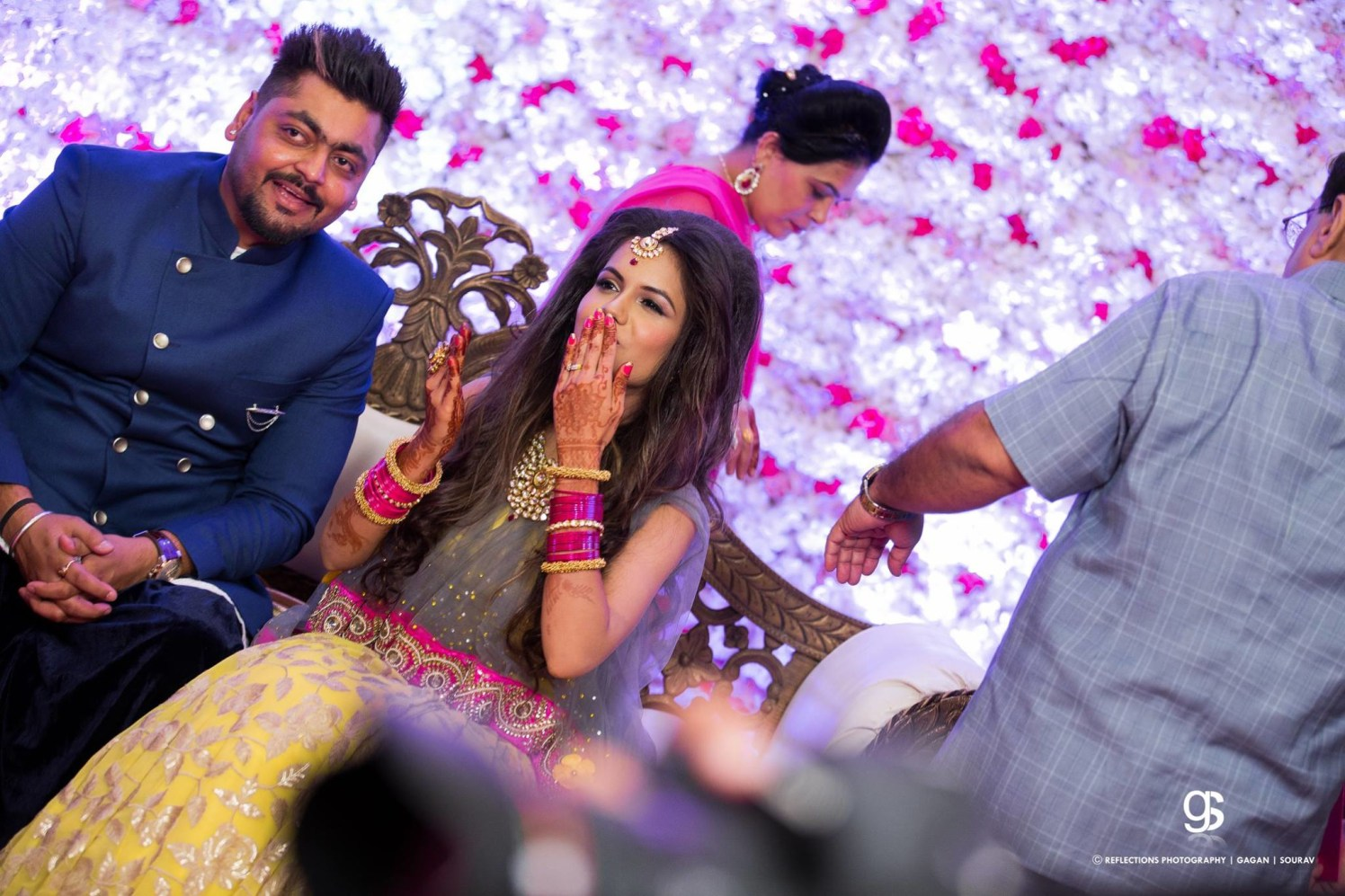 Blow a kiss! by Reflections Photography Wedding-photography | Weddings Photos & Ideas