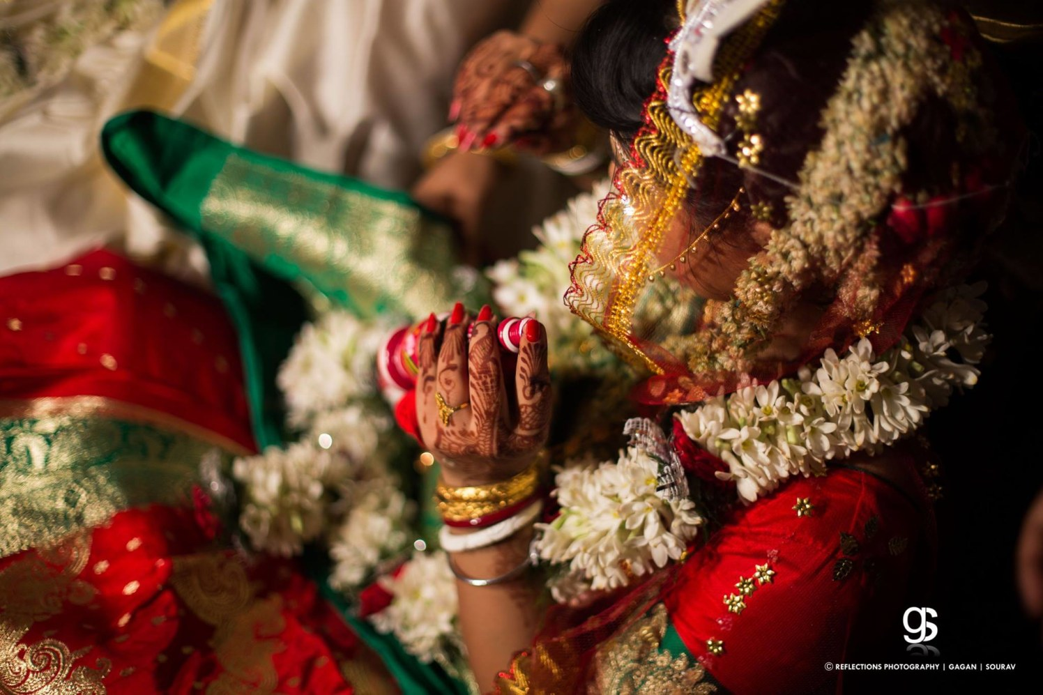 Sindoor dabbi, essence of newlywed bride! by Reflections Photography Wedding-photography | Weddings Photos & Ideas