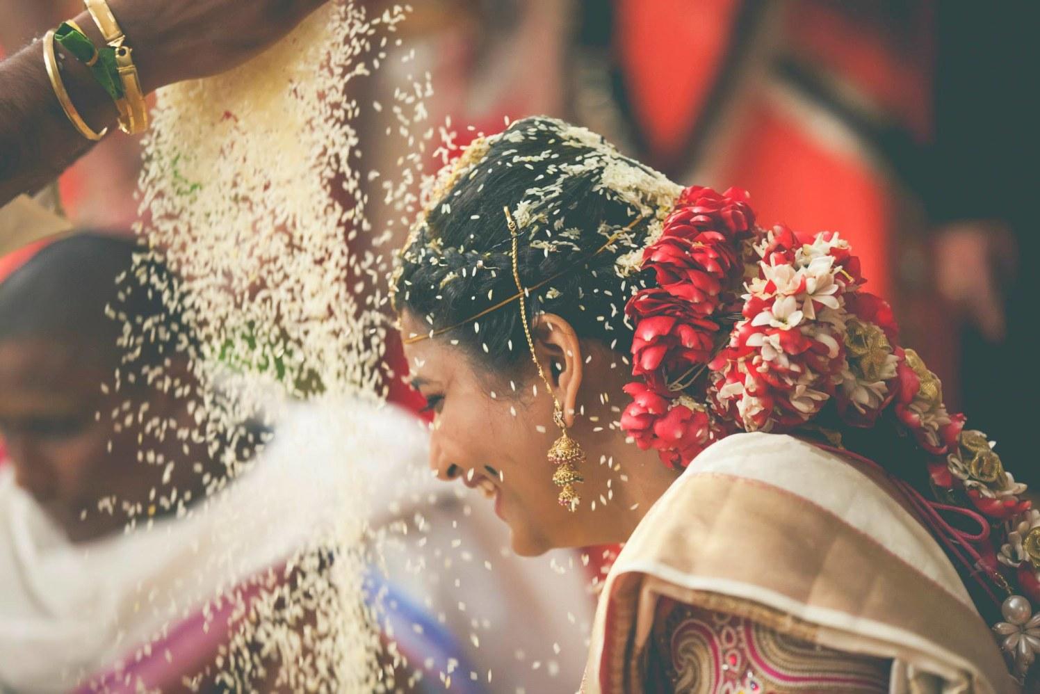 Its raining grains! by Avinash Shetty Photography Wedding-photography | Weddings Photos & Ideas