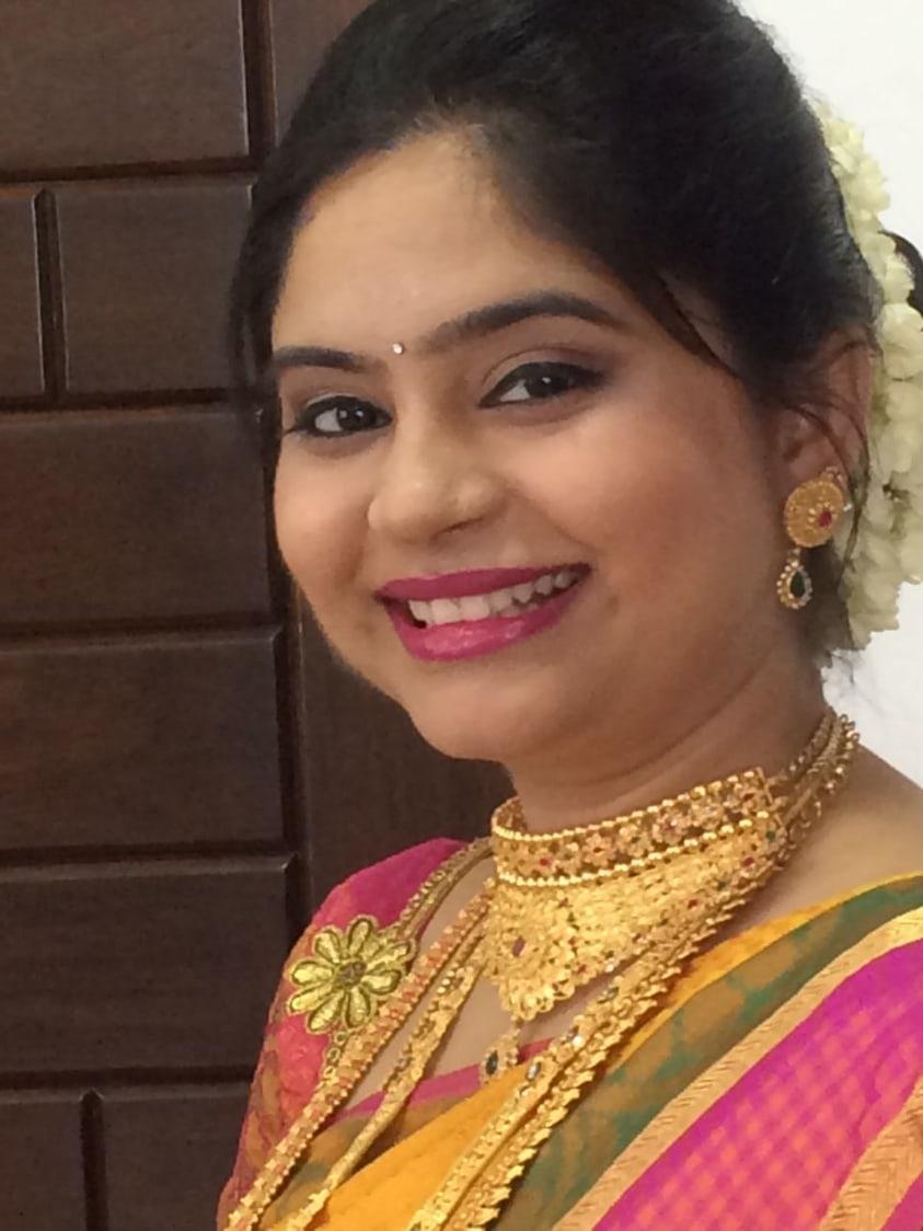 Bridal gaze by Dhruti Raichura Bridal-makeup | Weddings Photos & Ideas