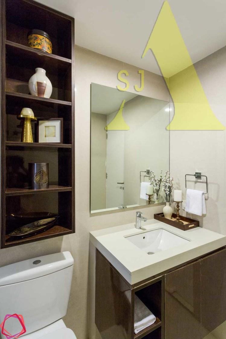 Ceramic Vanity by Suman Bathroom Modern | Interior Design Photos & Ideas
