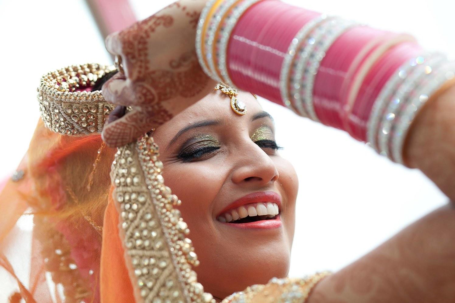 Casual winking by Ashiva Creative Photography Wedding-photography | Weddings Photos & Ideas