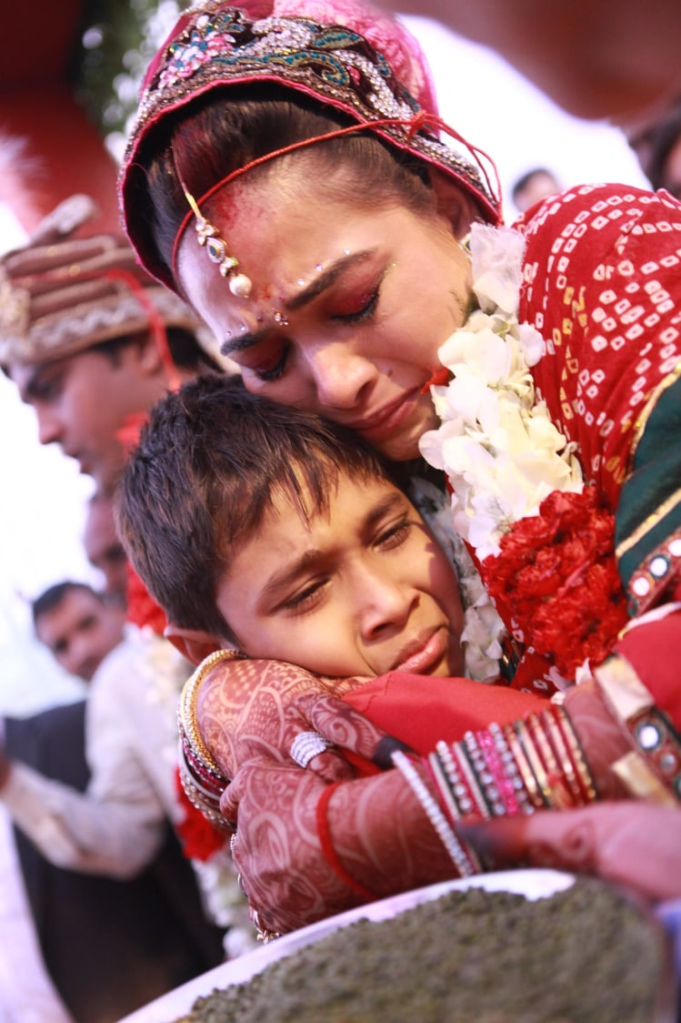 Never letting go off by Ashiva Creative Photography Wedding-photography | Weddings Photos & Ideas