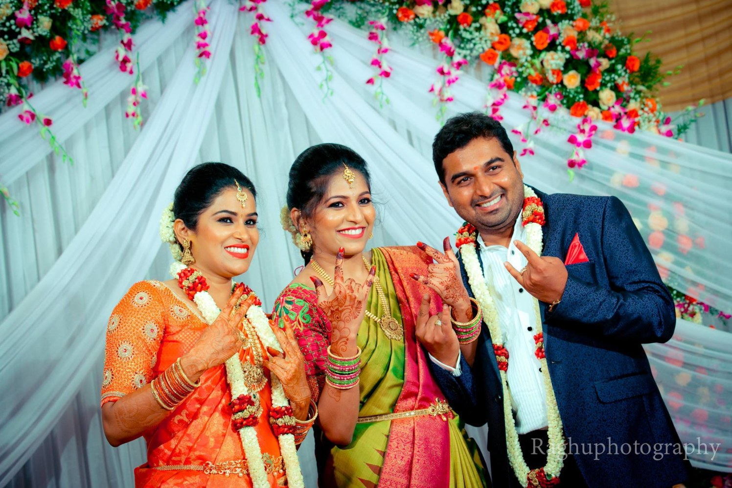 A Fun Photoshoot With The Bridesmaid by Raghu Raj Wedding-photography | Weddings Photos & Ideas