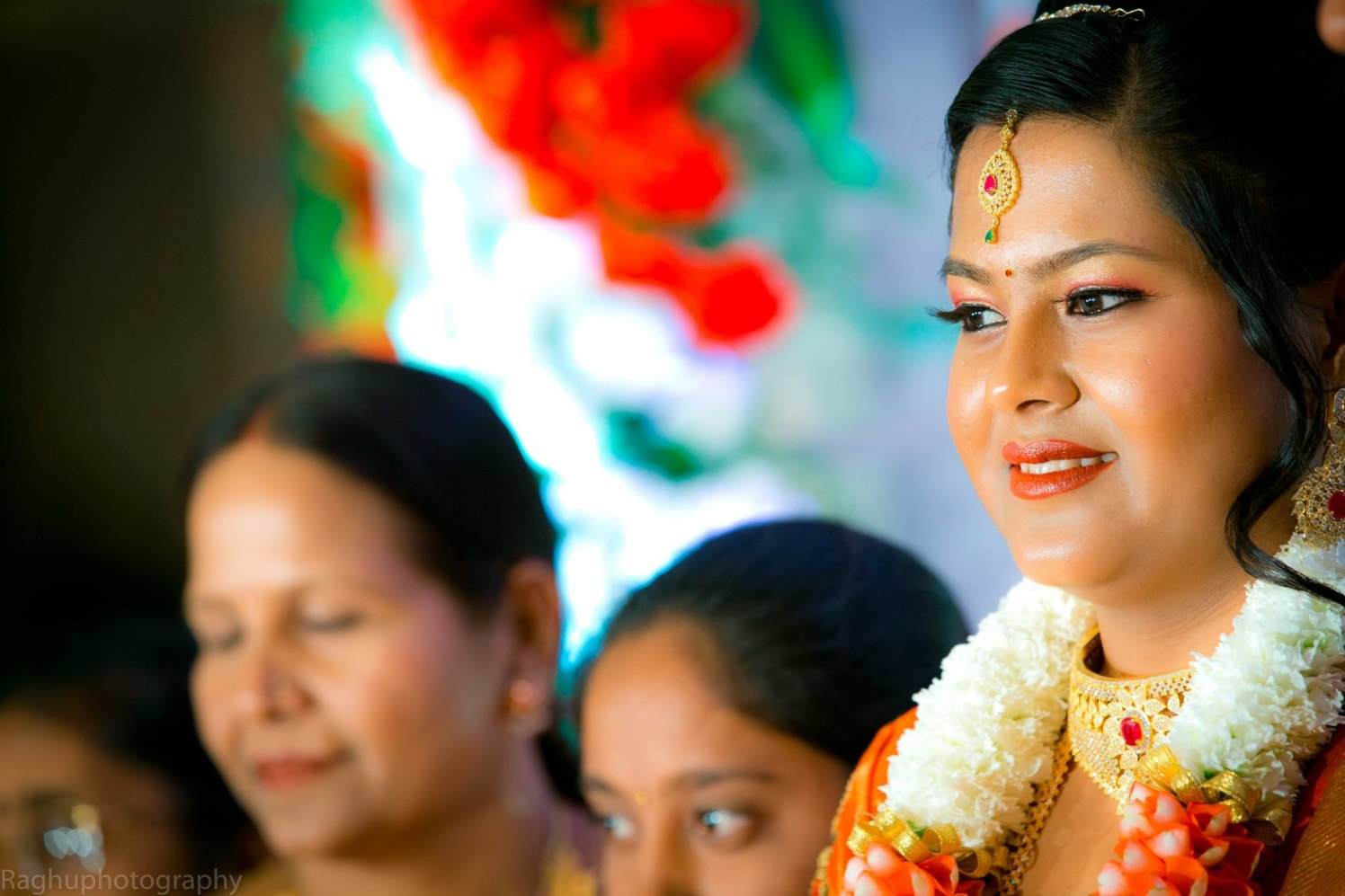 Makeup Options For Bride by Raghu Raj Bridal-makeup Bridal-jewellery-and-accessories | Weddings Photos & Ideas
