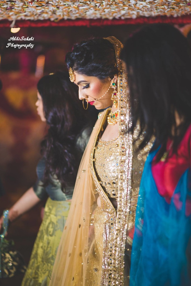 Beautiful Bride Entry by AbhiSakshi Photography Wedding-photography | Weddings Photos & Ideas