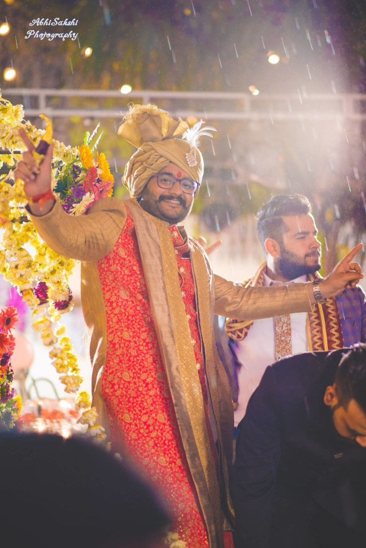 Groom's entry by AbhiSakshi Photography Wedding-photography | Weddings Photos & Ideas