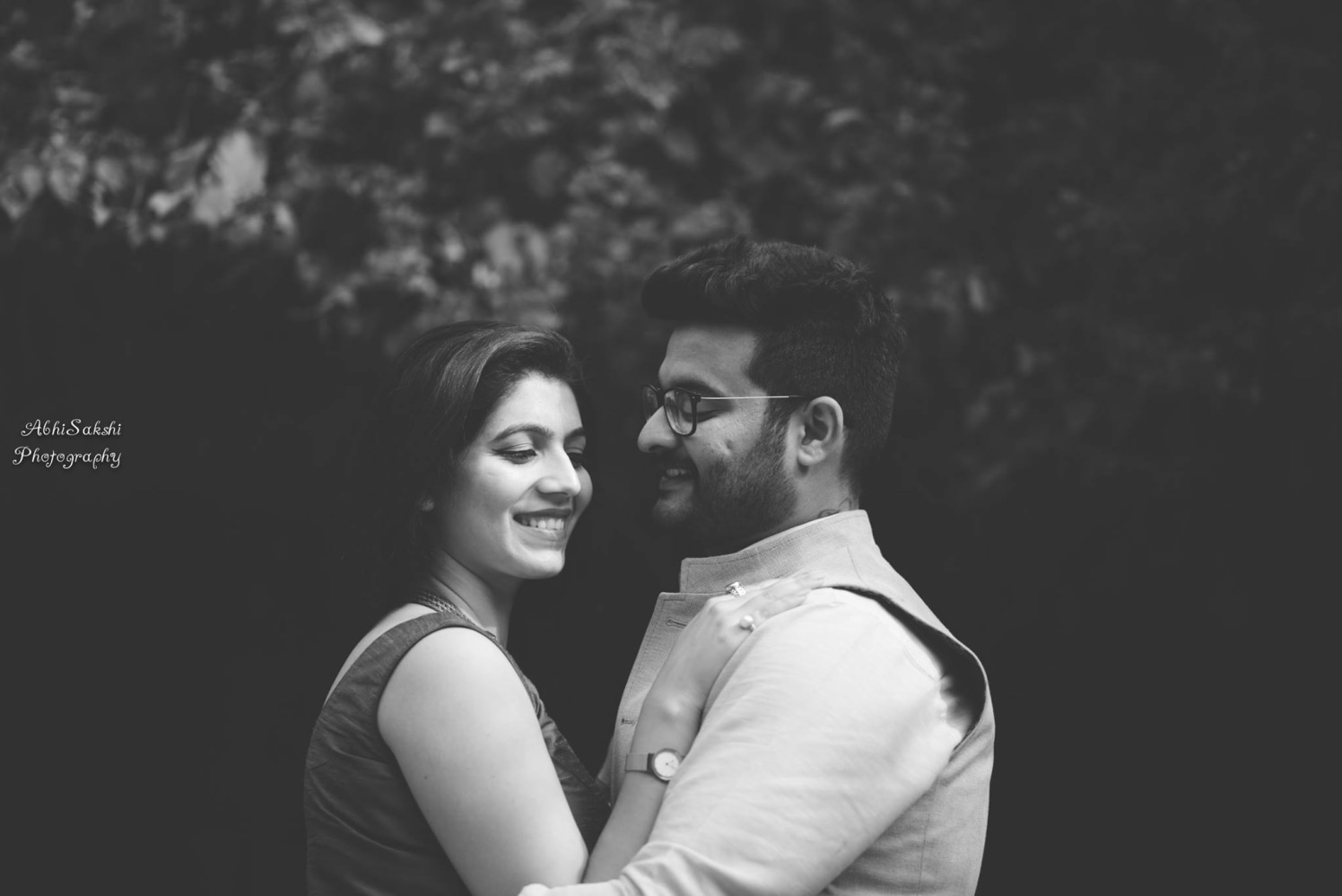 Beholding the beauty of her smile by AbhiSakshi Photography Wedding-photography | Weddings Photos & Ideas