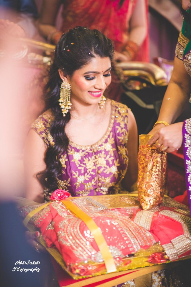Smiling Shot of Bride by AbhiSakshi Photography Wedding-photography | Weddings Photos & Ideas