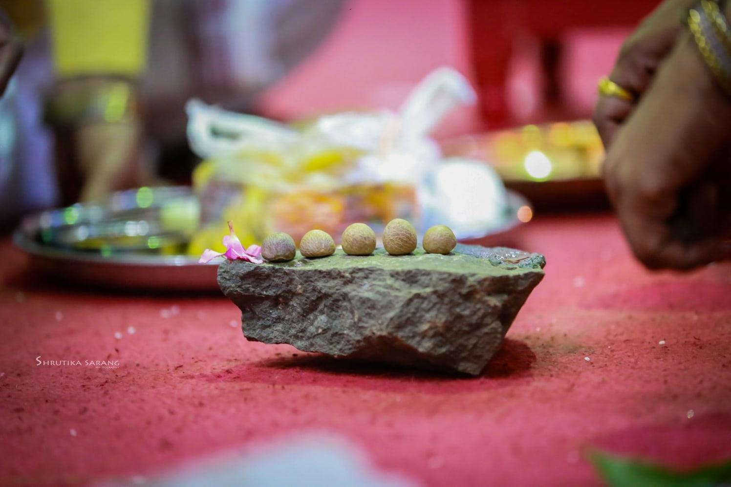 Certain rituals by Shrutika Sarang Photography Wedding-photography | Weddings Photos & Ideas