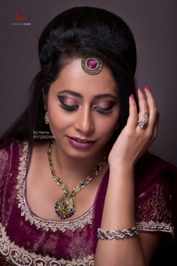 Elegant visage gape by Hemavathi Bridal-makeup | Weddings Photos & Ideas
