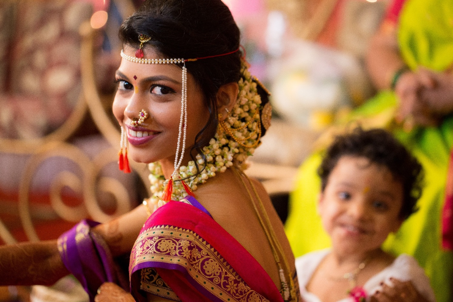 Amusing gaze by Cuttlefish Photography Wedding-photography   Weddings Photos & Ideas