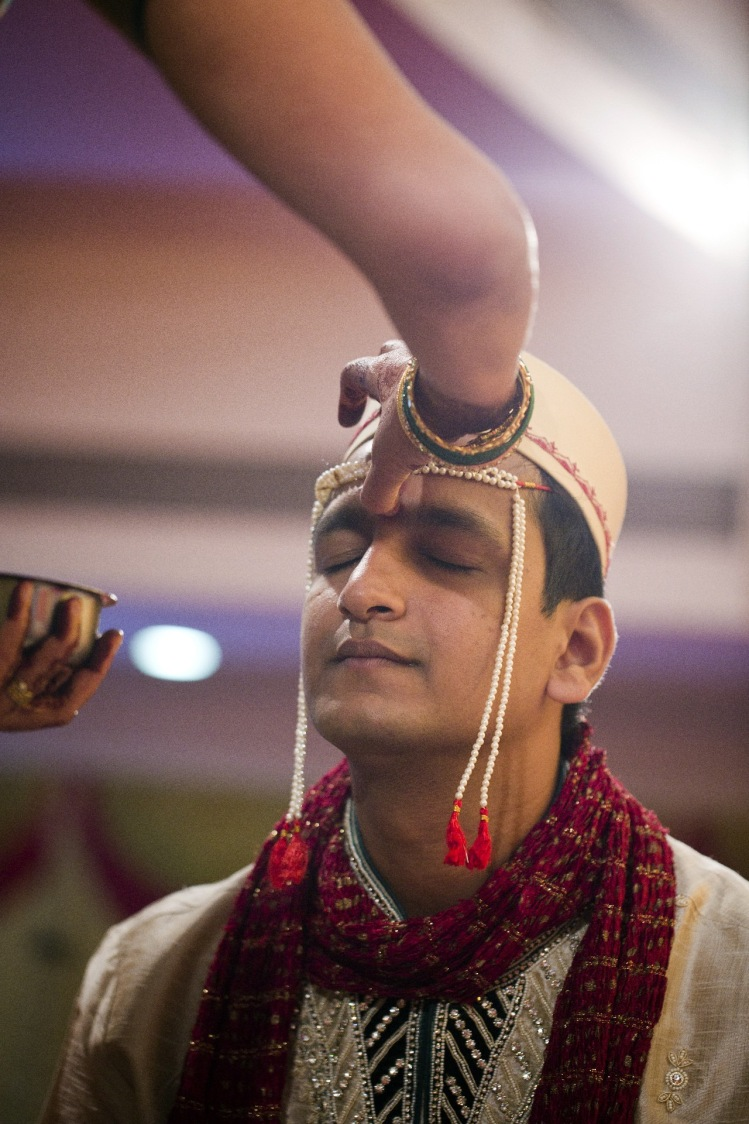 Pleasing gesture by Cuttlefish Photography Wedding-photography | Weddings Photos & Ideas