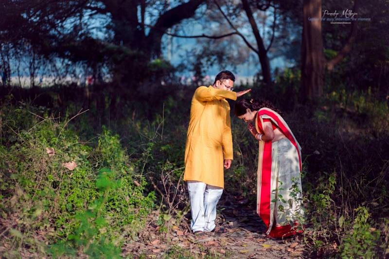 Cute moments spent by Parnadeep Mukherjee Photography  Wedding-photography | Weddings Photos & Ideas