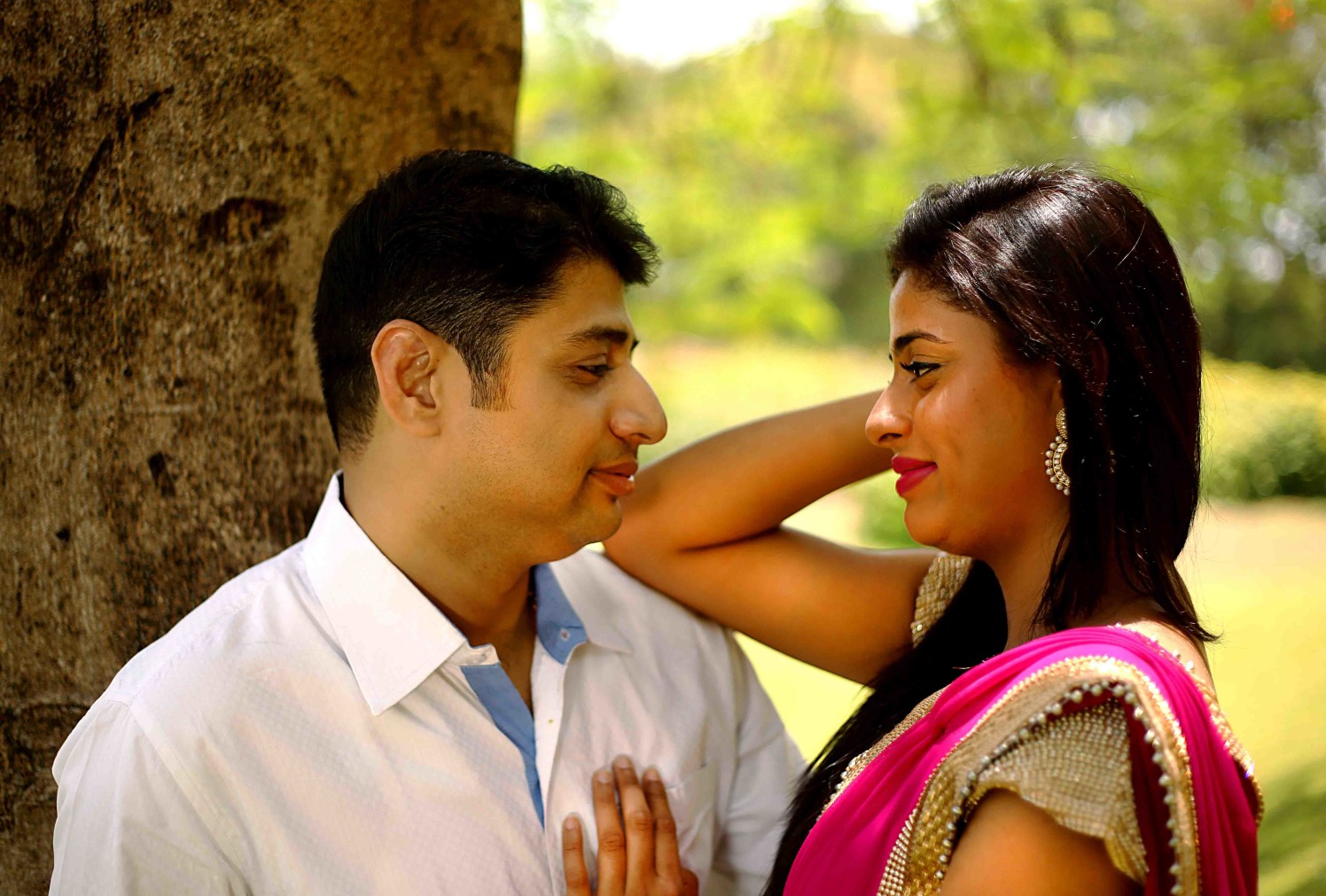 Smirking countenance by Rushil Jadhav Wedding-photography | Weddings Photos & Ideas
