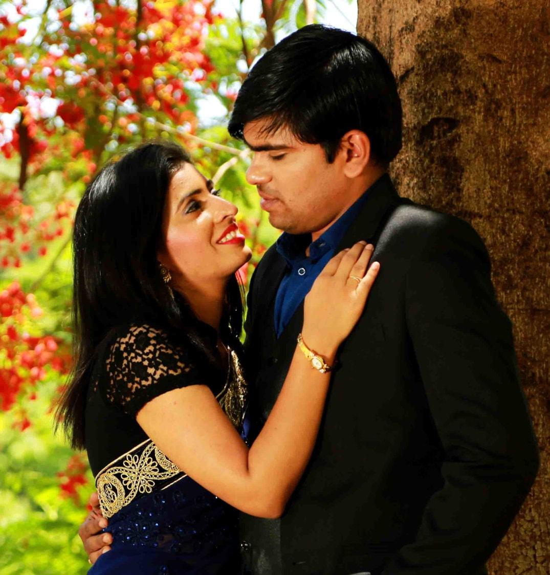 Chattering eyes by Rushil Jadhav Wedding-photography | Weddings Photos & Ideas