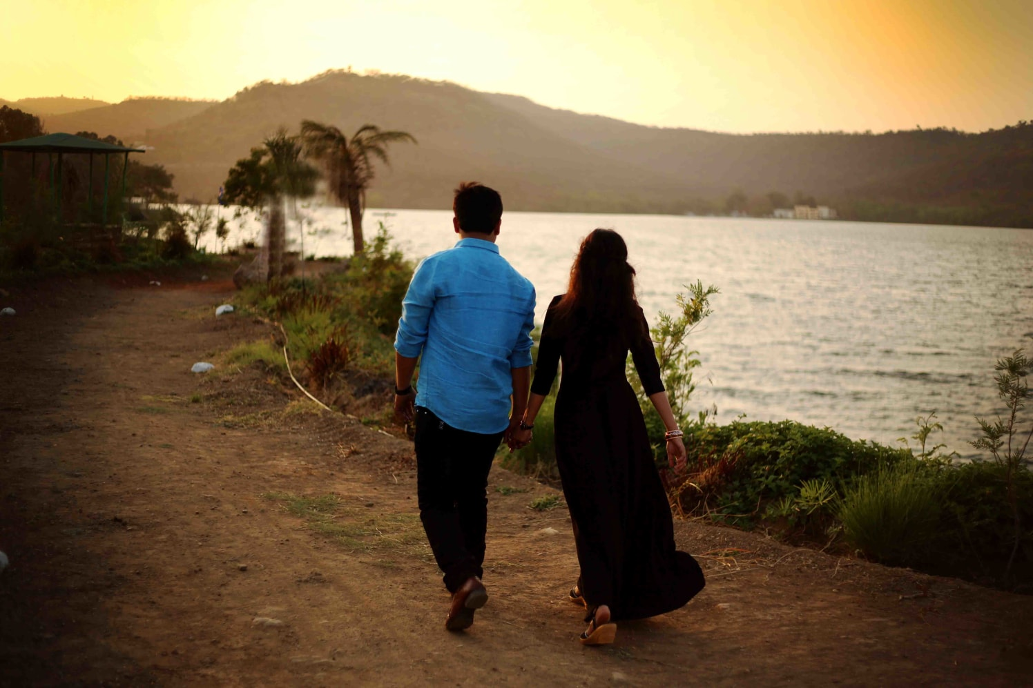 Blissful walk and talk! by Rushil Jadhav Wedding-photography | Weddings Photos & Ideas