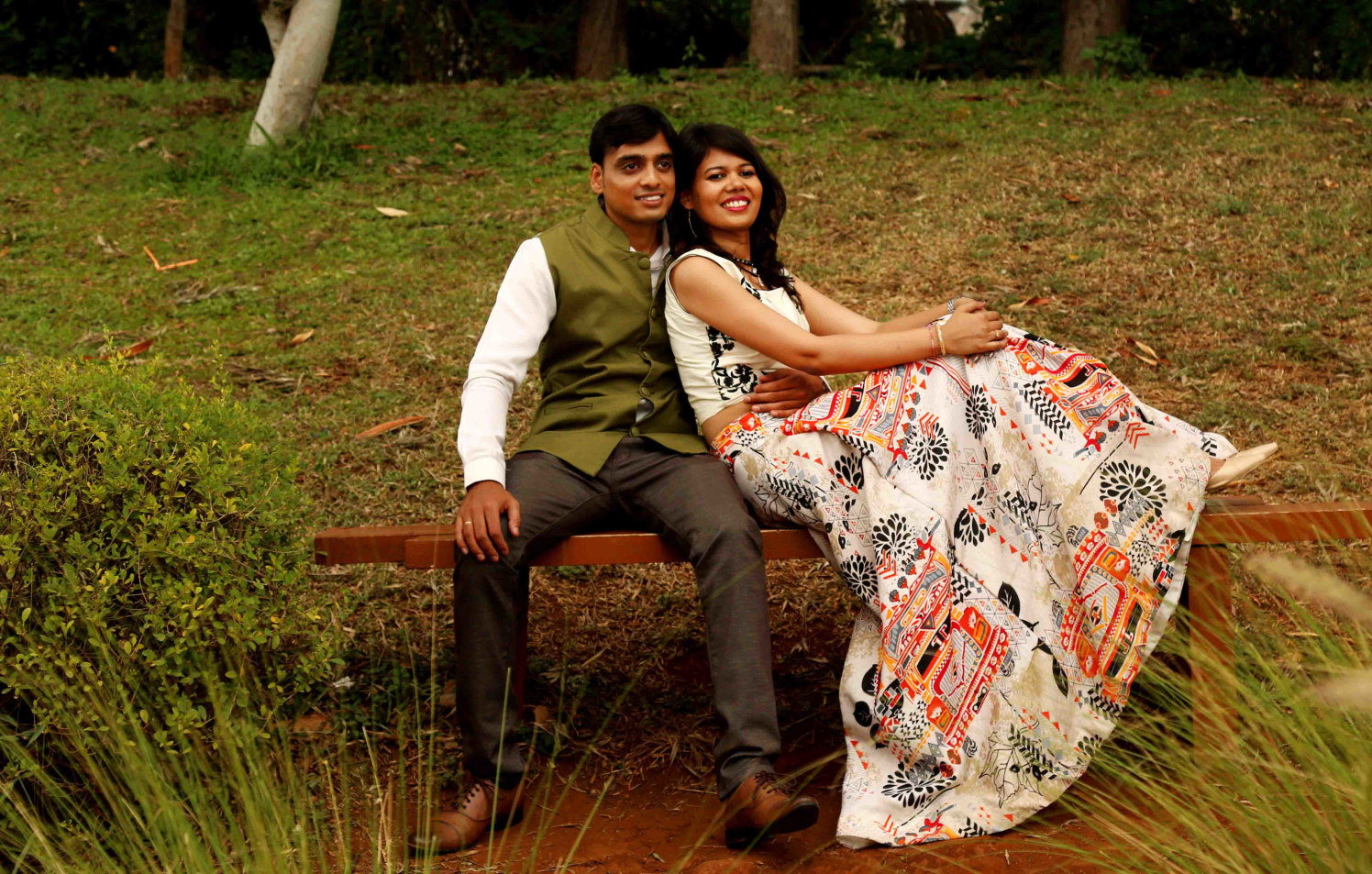 Picturesque Park Backdrop For Photoshoot of Bride and Groom To-Be by Rushil Jadhav Wedding-photography | Weddings Photos & Ideas