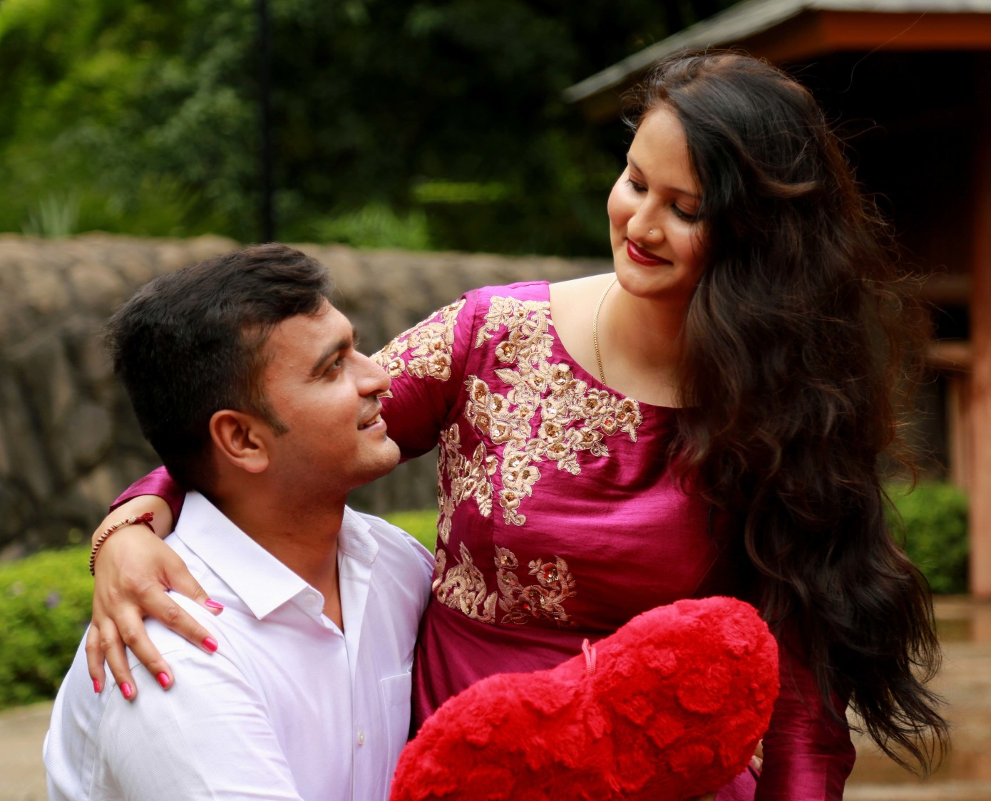 The sight of affection by Rushil Jadhav Wedding-photography | Weddings Photos & Ideas