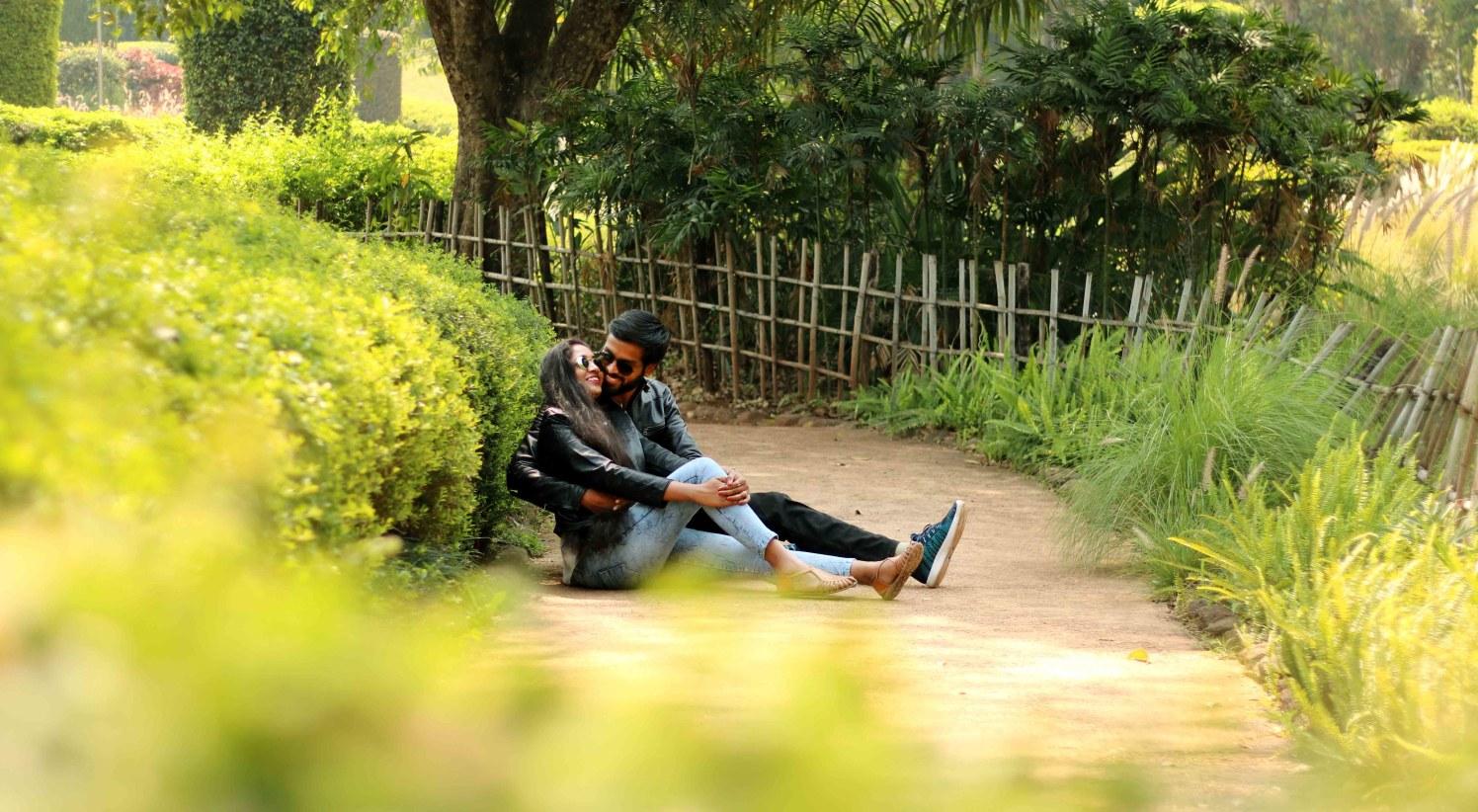 Merrymaking capture of duad by Rushil Jadhav Wedding-photography | Weddings Photos & Ideas