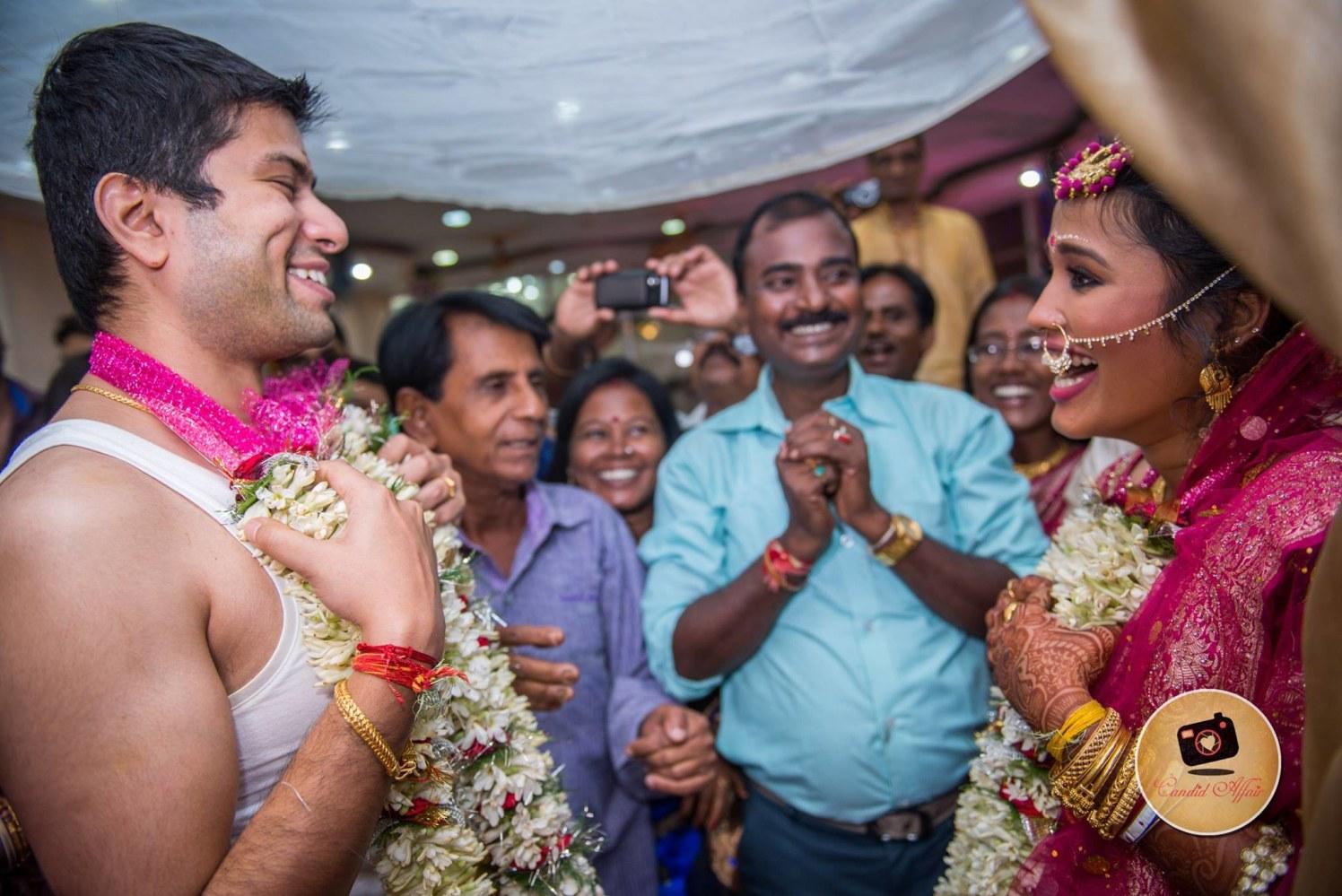 Varmala Ceremony Shot by Candid Affair Wedding-photography | Weddings Photos & Ideas