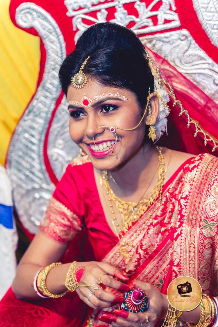 Cheeky bride by Candid Affair Wedding-photography | Weddings Photos & Ideas
