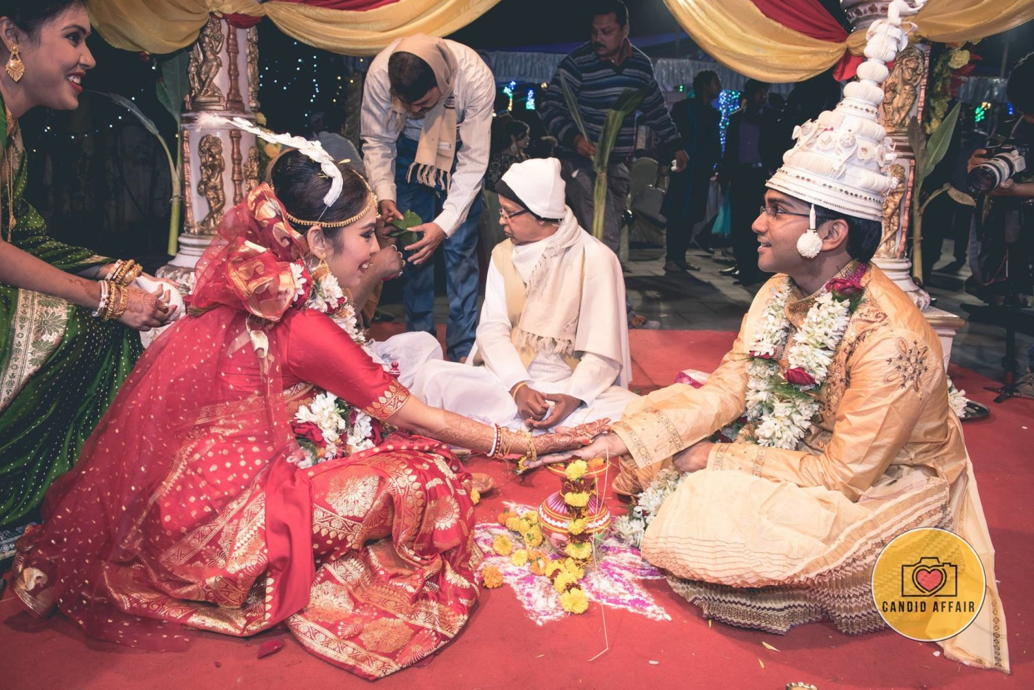 Wedding Rituals In A Bengali Wedding by Candid Affair Wedding-photography | Weddings Photos & Ideas