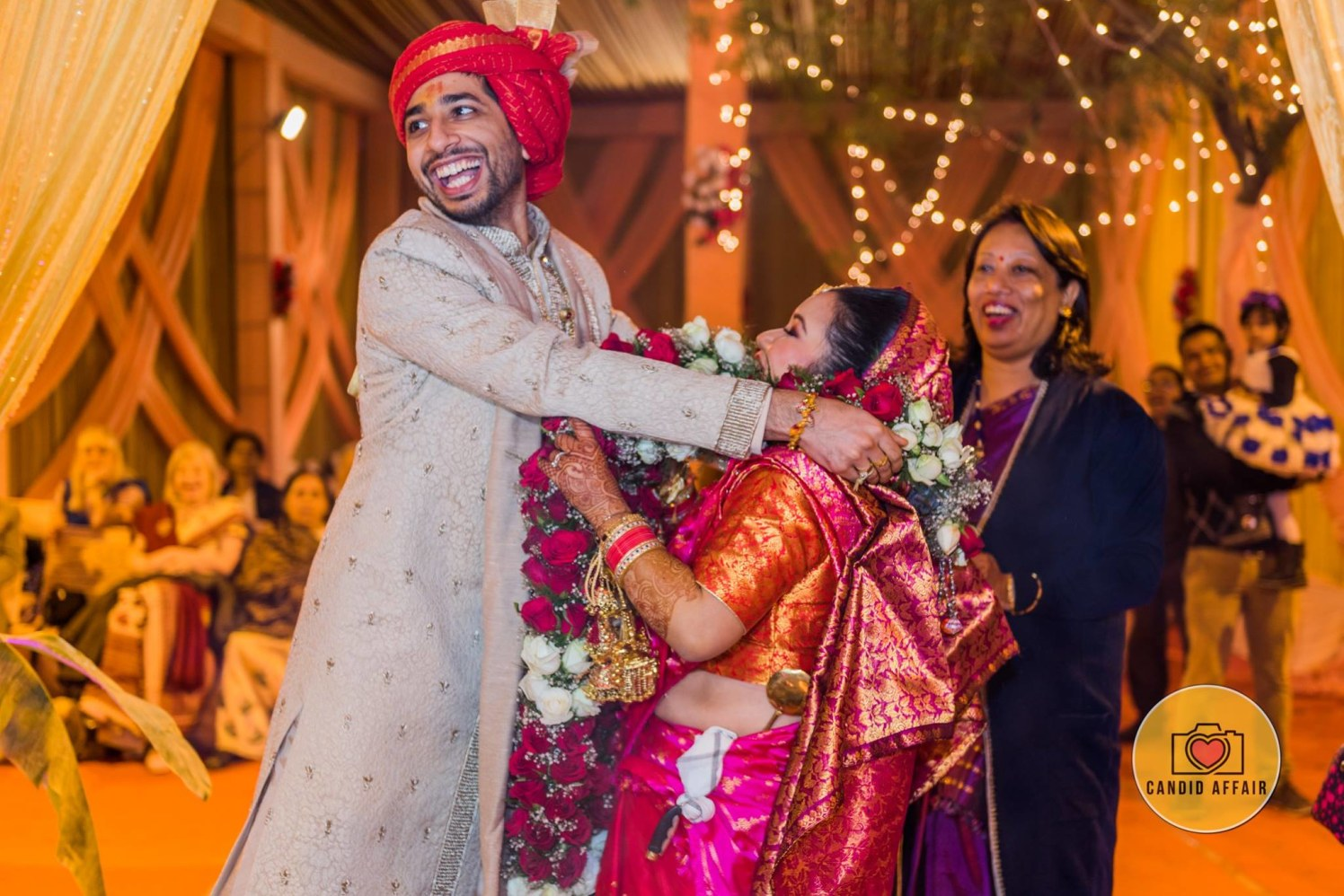 Varmala Candid Shot by Candid Affair Wedding-photography | Weddings Photos & Ideas
