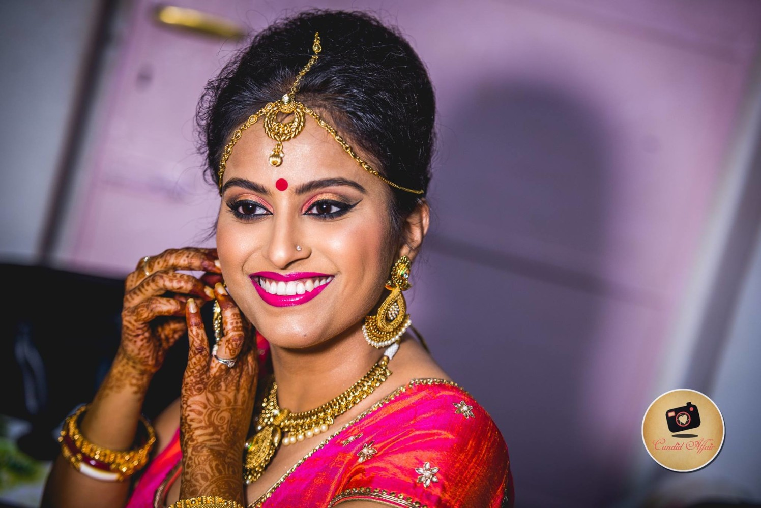 Stunning Bride Wearing Heavy Golden Jewellery With Detailed Work by Candid Affair Wedding-photography Bridal-jewellery-and-accessories Bridal-makeup | Weddings Photos & Ideas