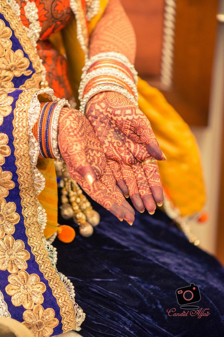Simple Bridal mehendi design by Candid Affair Wedding-photography Bridal-mehendi | Weddings Photos & Ideas