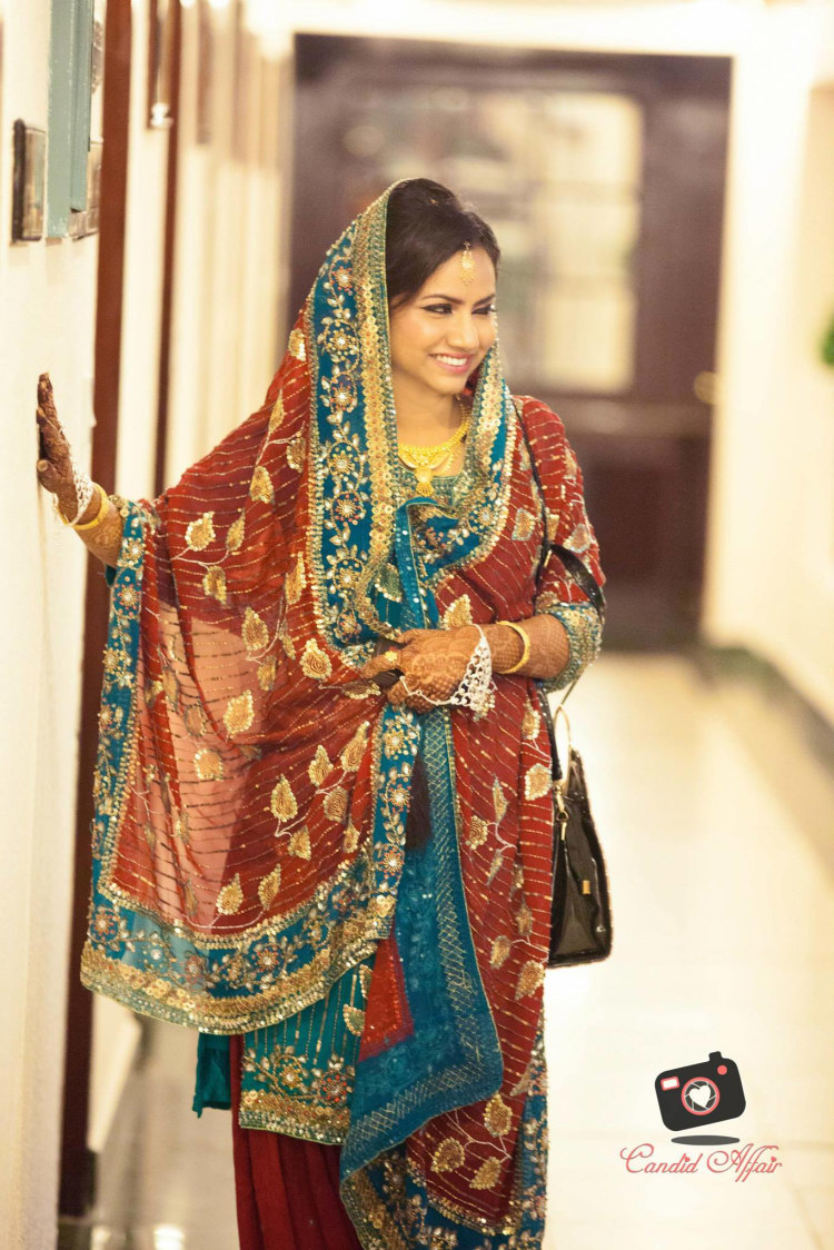 Blue And Red Simple Indian Suit by Candid Affair Wedding-photography Wedding-dresses | Weddings Photos & Ideas