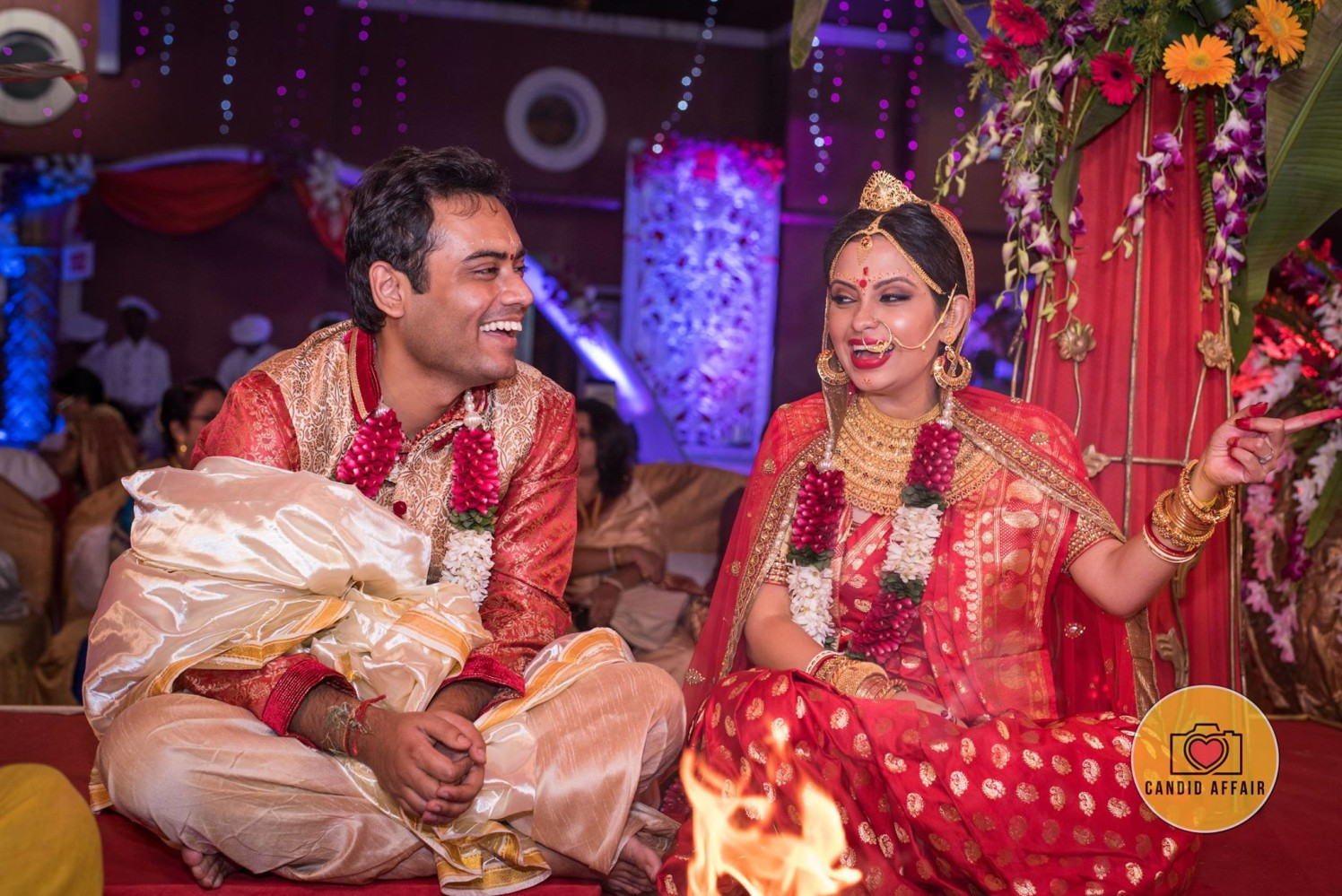 Bengali Bride And Groom's Candid Photography by Candid Affair Wedding-photography | Weddings Photos & Ideas