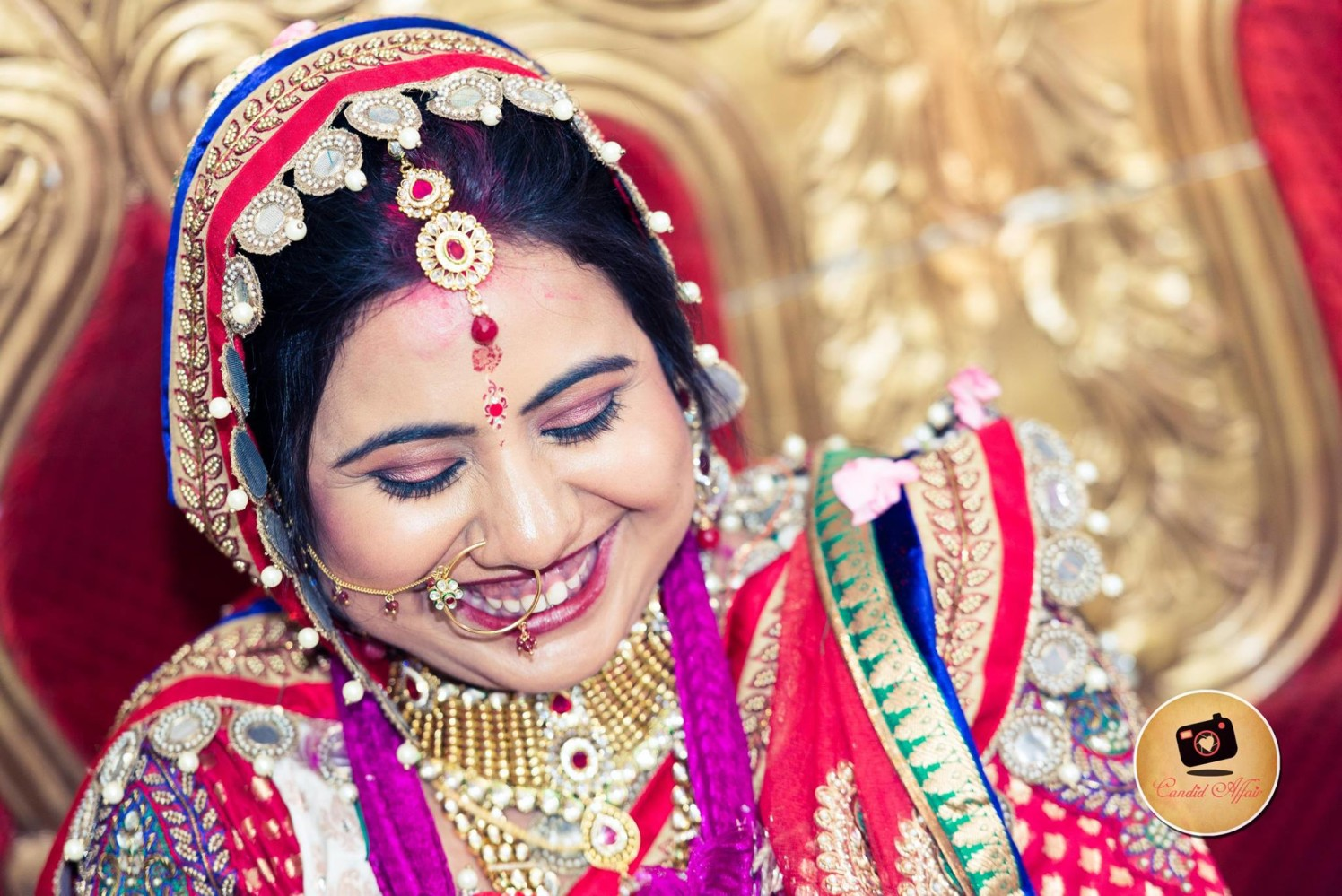 Subtle Makeup And Gemstone Mangtikka For The Bride by Candid Affair Wedding-photography Bridal-jewellery-and-accessories Bridal-makeup | Weddings Photos & Ideas