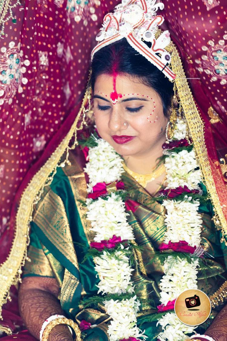 Graceful Bengali Bride by Candid Affair Wedding-photography Bridal-makeup | Weddings Photos & Ideas