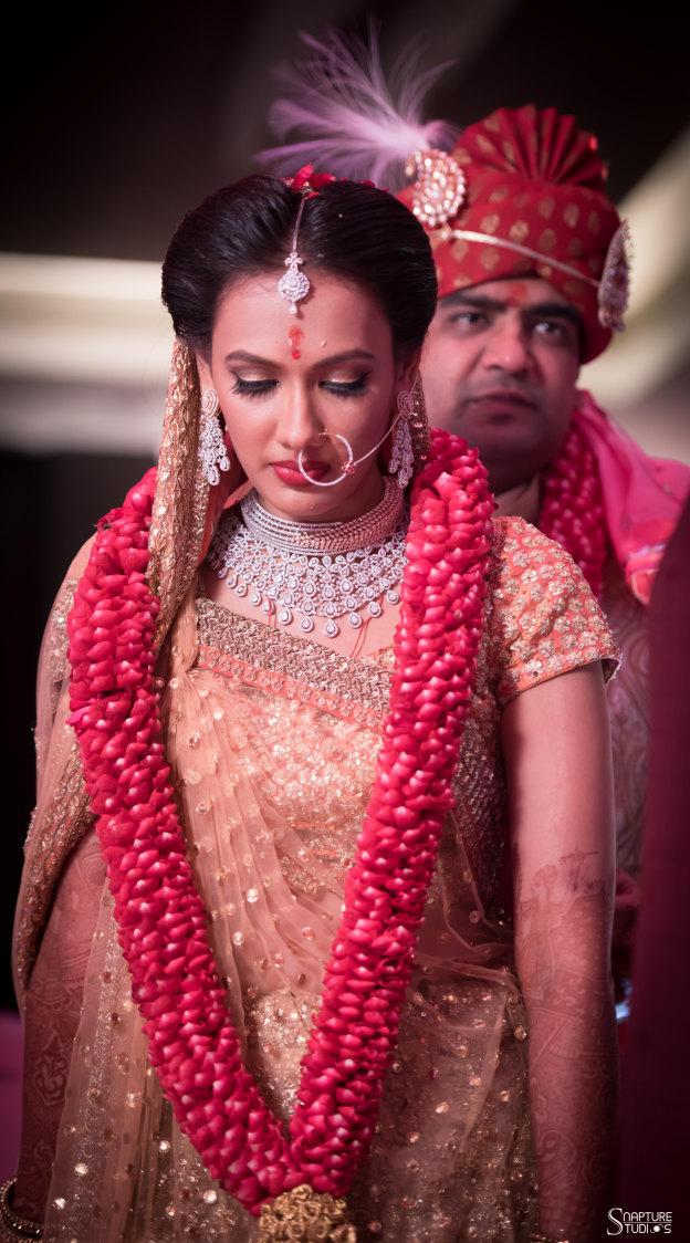 Bride Wearing Heavy Diamond Jewellery Set by Sahil Kumar Wedding-photography | Weddings Photos & Ideas