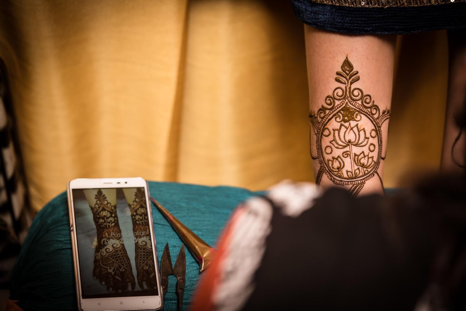 Henna Art In The Making by Sahil Kumar Wedding-photography | Weddings Photos & Ideas