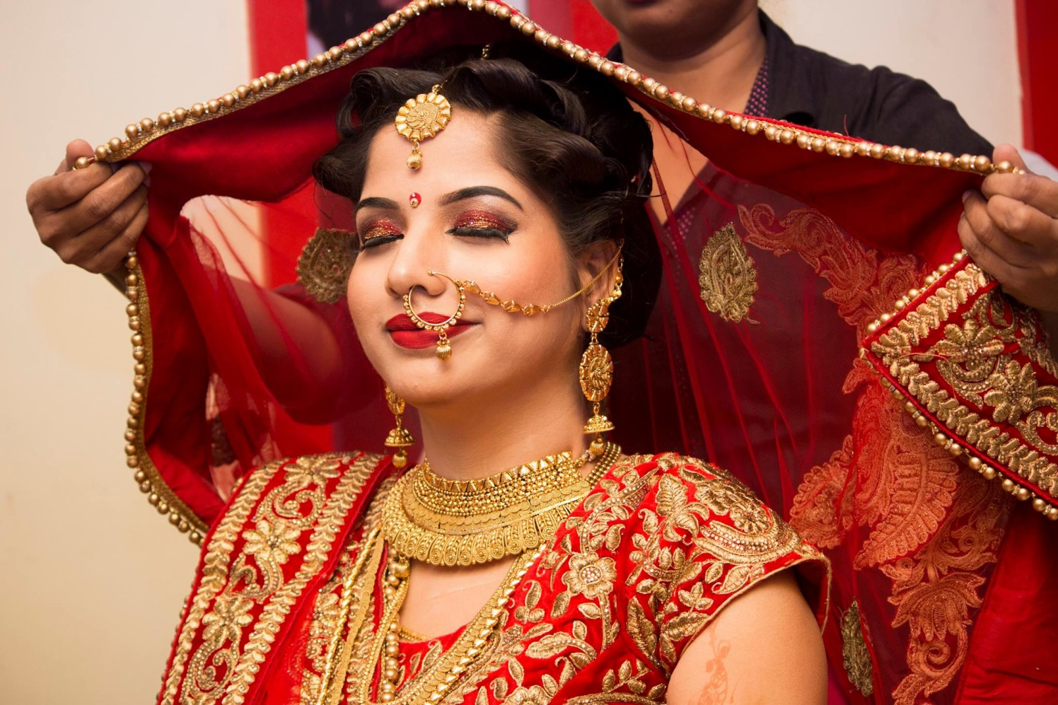 Adorable rosy bride by Manmarziyaan Pictures Wedding-photography | Weddings Photos & Ideas