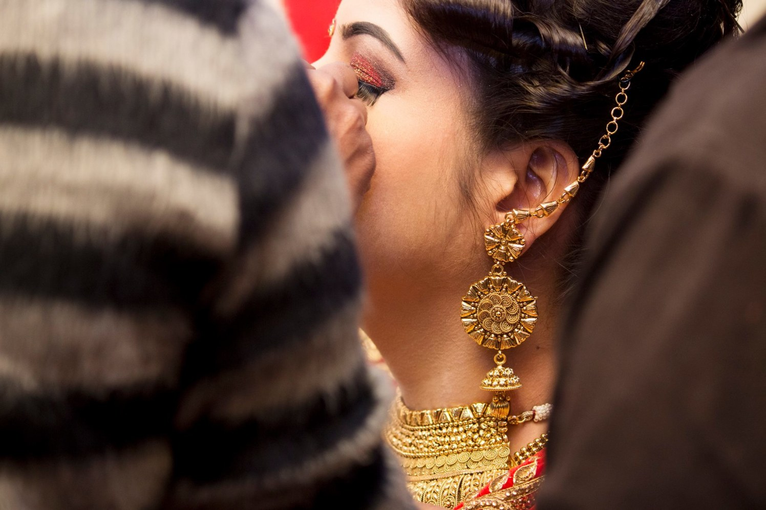 Ear appurtenance for brie by Manmarziyaan Pictures Wedding-photography | Weddings Photos & Ideas