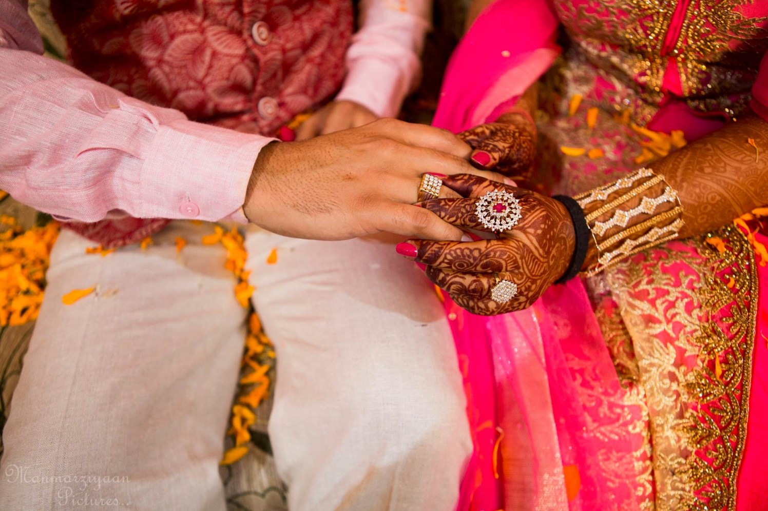 The glistering symbol of oneness! by Manmarziyaan Pictures Wedding-photography | Weddings Photos & Ideas