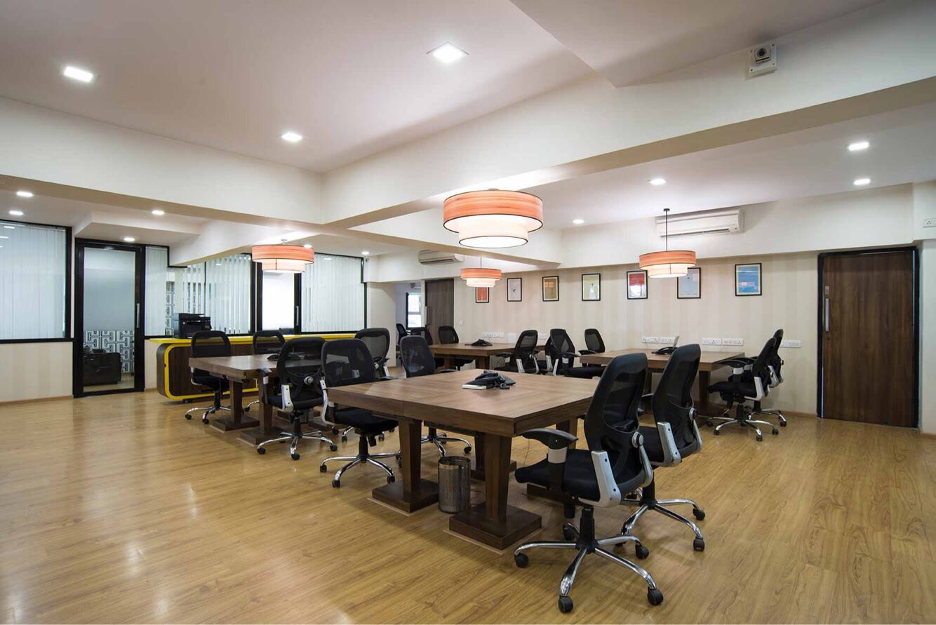 Contemporary meeting room by Disha Bhavsar Contemporary | Interior Design Photos & Ideas