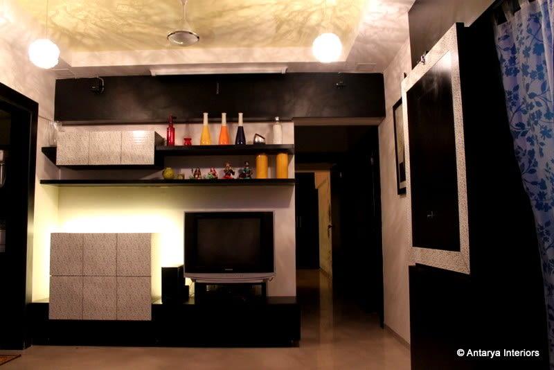 Retro style living area by Rageshwari Shetty