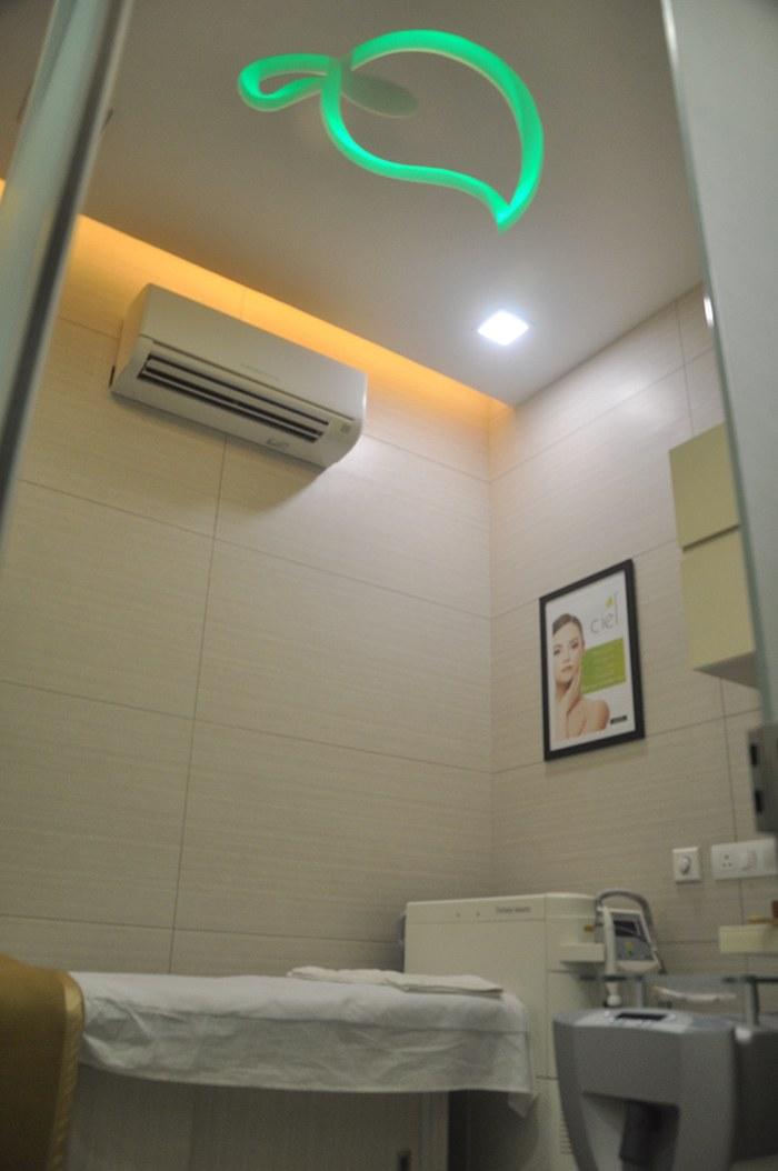 Modern False Ceiling by Gargi Sharma Modern   Interior Design Photos & Ideas