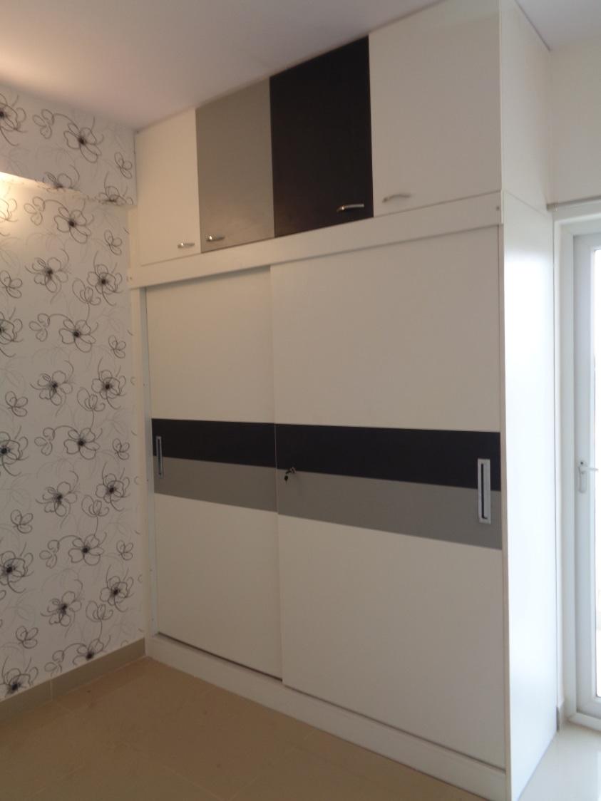 Black and White Effect by Naushad Modular-kitchen Modern | Interior Design Photos & Ideas