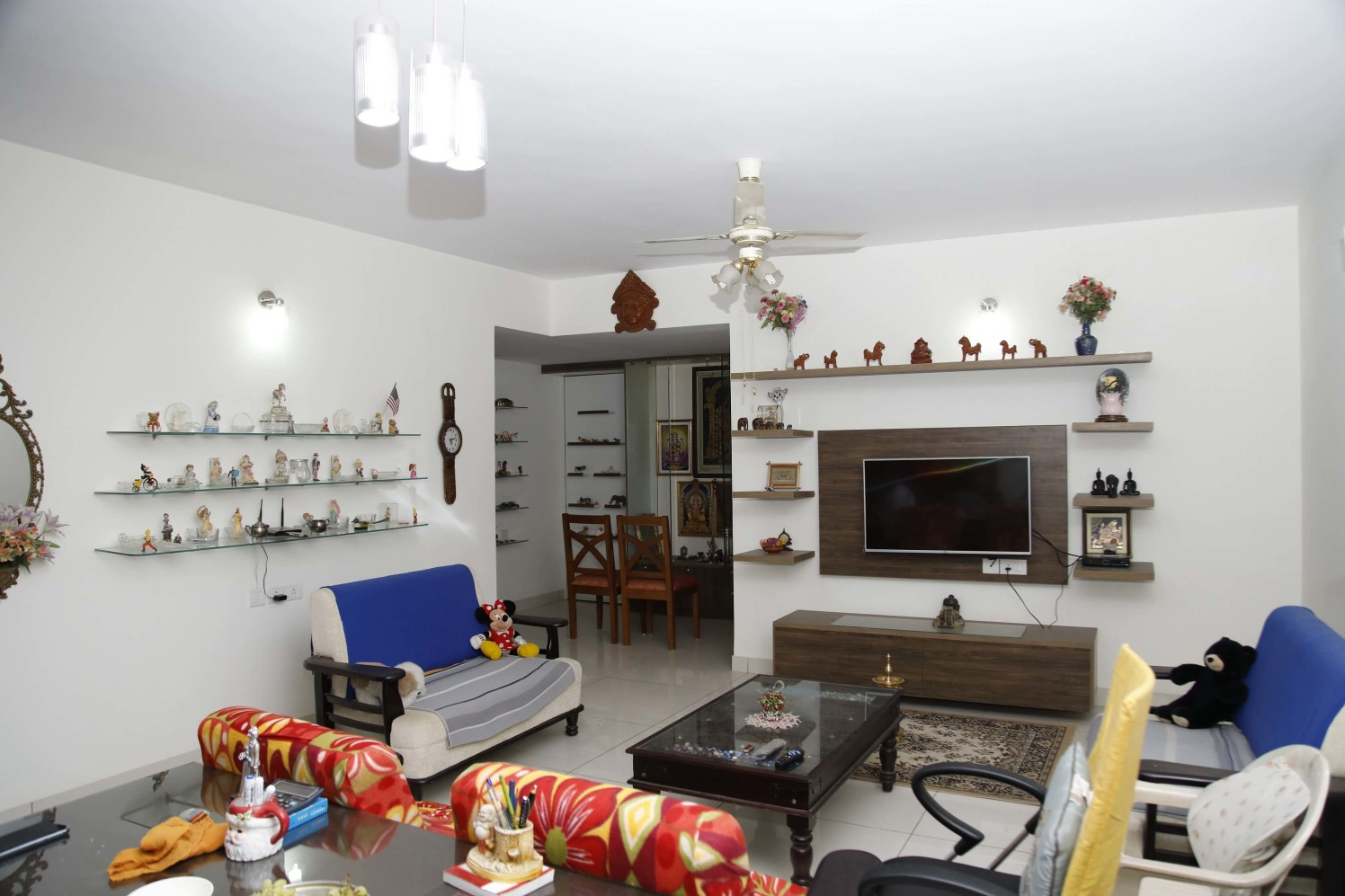 The accessorized Living by Naushad Living-room Modern | Interior Design Photos & Ideas